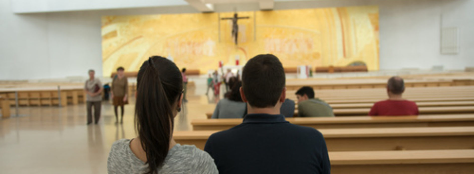 """O que """"é"""" e o que """"não é"""" manifestação do Espírito Santo"""