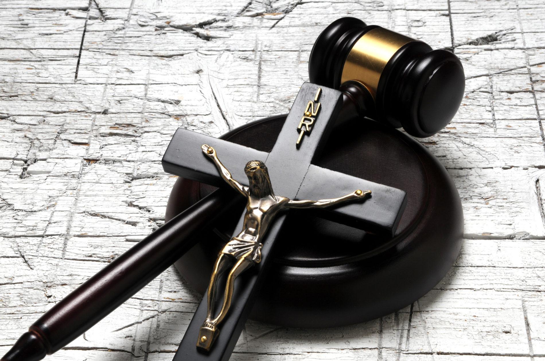 A possibilidade e a impossibilidade de obedecer a Lei de Deus