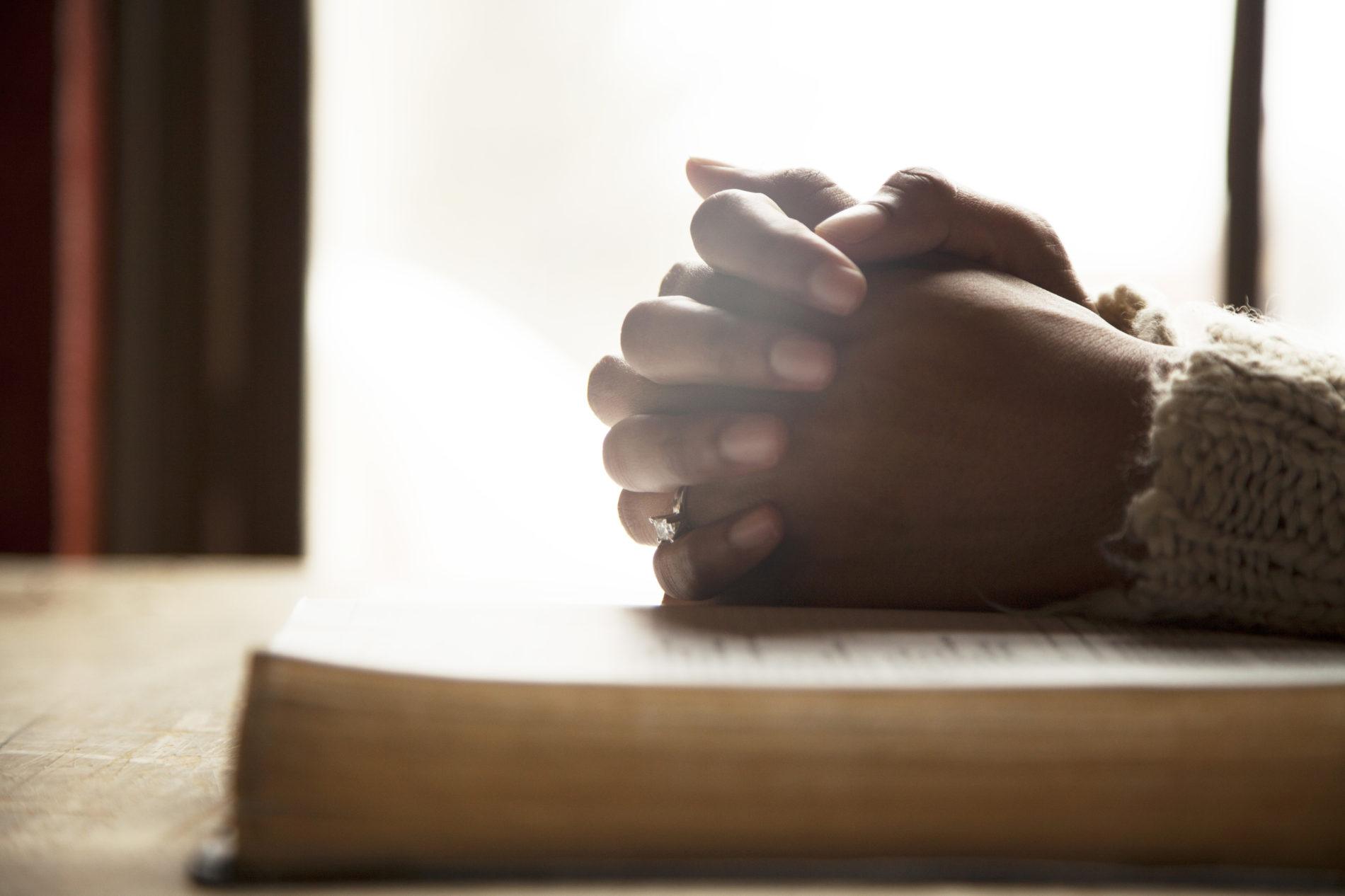 Quer ter prazer na Bíblia e na oração?