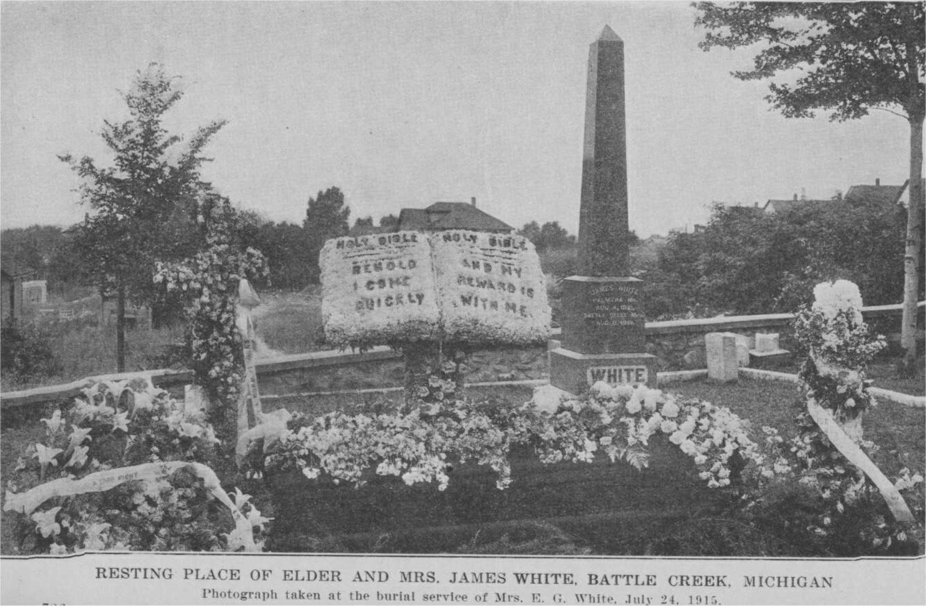 """O """"obelisco"""" no túmulo de Ellen White"""
