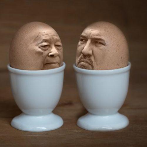 Pelo em ovo ou chifre em cabeça de cavalo