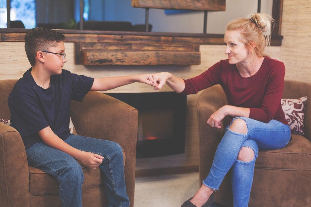 12 passos para envolver seu filho nas tarefas domésticas